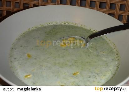 Mangoldový krém s kukuřicí