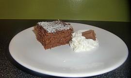 Perník s kakaovou polevou a kokosem