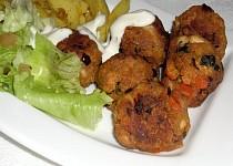 Kuřecí koule v chipsech