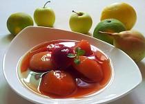 Ovocny kompot s jahodovym zele