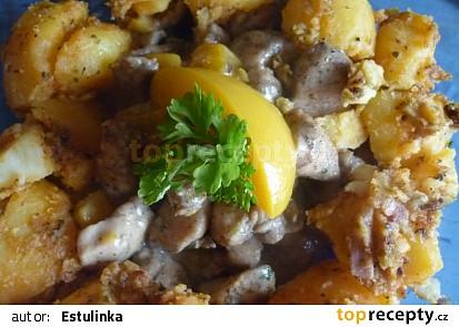 Smetanové kuřecí nudličky s broskví