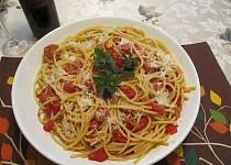 "Testoviny s italskou slaninou""Pancetta"" , rajcaty a Pecorino Romano syr"