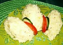 Bramborová kaše s cibulí