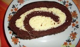 Kakaová roláda se šlehačkovým krémem