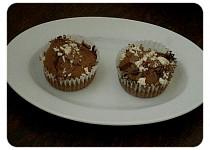 Kakaové  muffiny s kousky čokolády