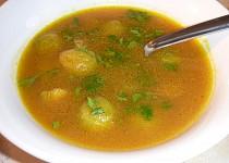 Polévka z máslové tykve a růžičkové kapusty