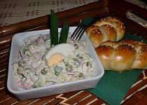 Salát z čínského zelí se šunkou