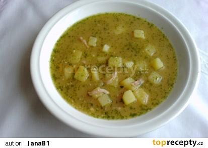 Bramborová polévka se sýrem