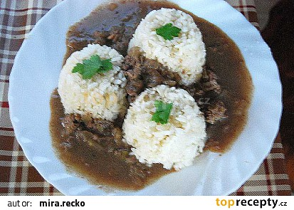 Zkusil jsem, skvělé, první české jídlo, které chutnalo i mému řeckému sousedovi ..
