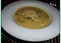 Krémová polévka s pórkem a bramborami