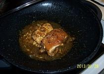 Nepečené vepřové maso