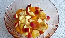 Ovocný salát s ananasem