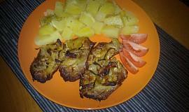 Pečená krkovička pod alobalem s cibulí  a hořčicí