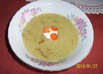 Polévka krémová z květákových listů