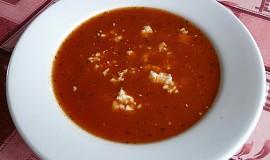 Rajská polévka s balkánským sýrem