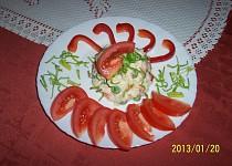 Salát z těstovin a syrové zeleniny