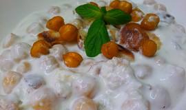 Studena jogurtova polevka s cizrnou