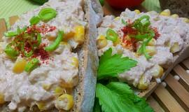Tunakova chilli pomazanka s kukurici