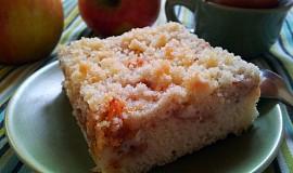 Vlacny jablecny kolac