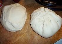 Bezlepkové kynuté těsto, na koláč, pizzu a langoše