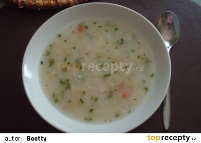 Cibulová polévka s kapáním