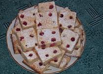 Ovocný kefírový koláč
