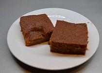 Ovocný koláč s kompotem