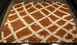 Perník s tvarohem a marmeládou