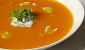 Rakouská dýňová polévka s koprem