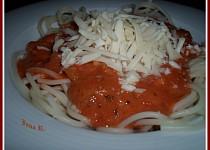 Špagety s kuřecím masem a la lečo
