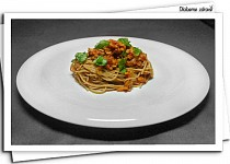 """""""Boloňské"""" špagety se sójou (DlabemeZdrave)"""