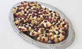 """""""K odpolednímu kafíčku"""" Sušenky s bílou čokoládou a brusinkami"""