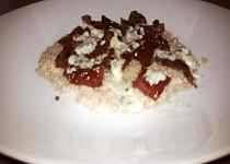 Kuskus zapečený s nivou a sušenými rajčaty