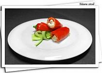 Plněné baby papriky s kuřecím masem