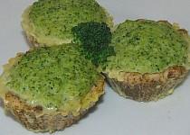 """""""Zábavná dieta"""" Krůtí košíčky s brokolicovou nádivkou"""