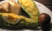 Avokádo zapečené se sýrem a vejcem