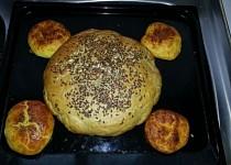 Chléb a bramborové bulky