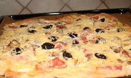 Domácí pizza z žitného kvásku