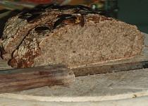 Kváskový žitný chléb