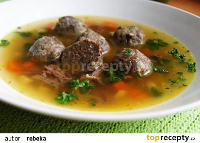 Hovězí polévka z játrovými knedlíčky