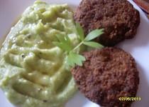 Karbanátky s brokolicí a řapíkatým celerem