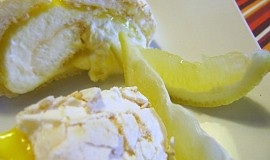 Sněhová citronová roláda