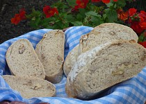 Ždímaný ořechový chléb