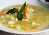 Květákovofenyklová  polévka