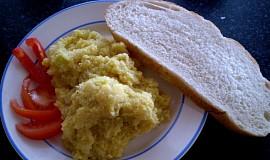 Míchaná vajíčka bez vajíček - vegan