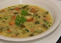 Panádlová kapustová polévka s liškami