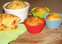 Slané muffiny s chorizem