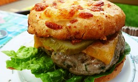 Vepřový grill-burger