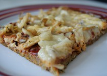 Cuketová pizza s kuřecím masem