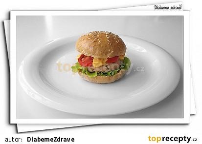 Drůbeží hamburgery (DlabemeZdrave)